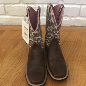 Girls Ariat boots size 2
